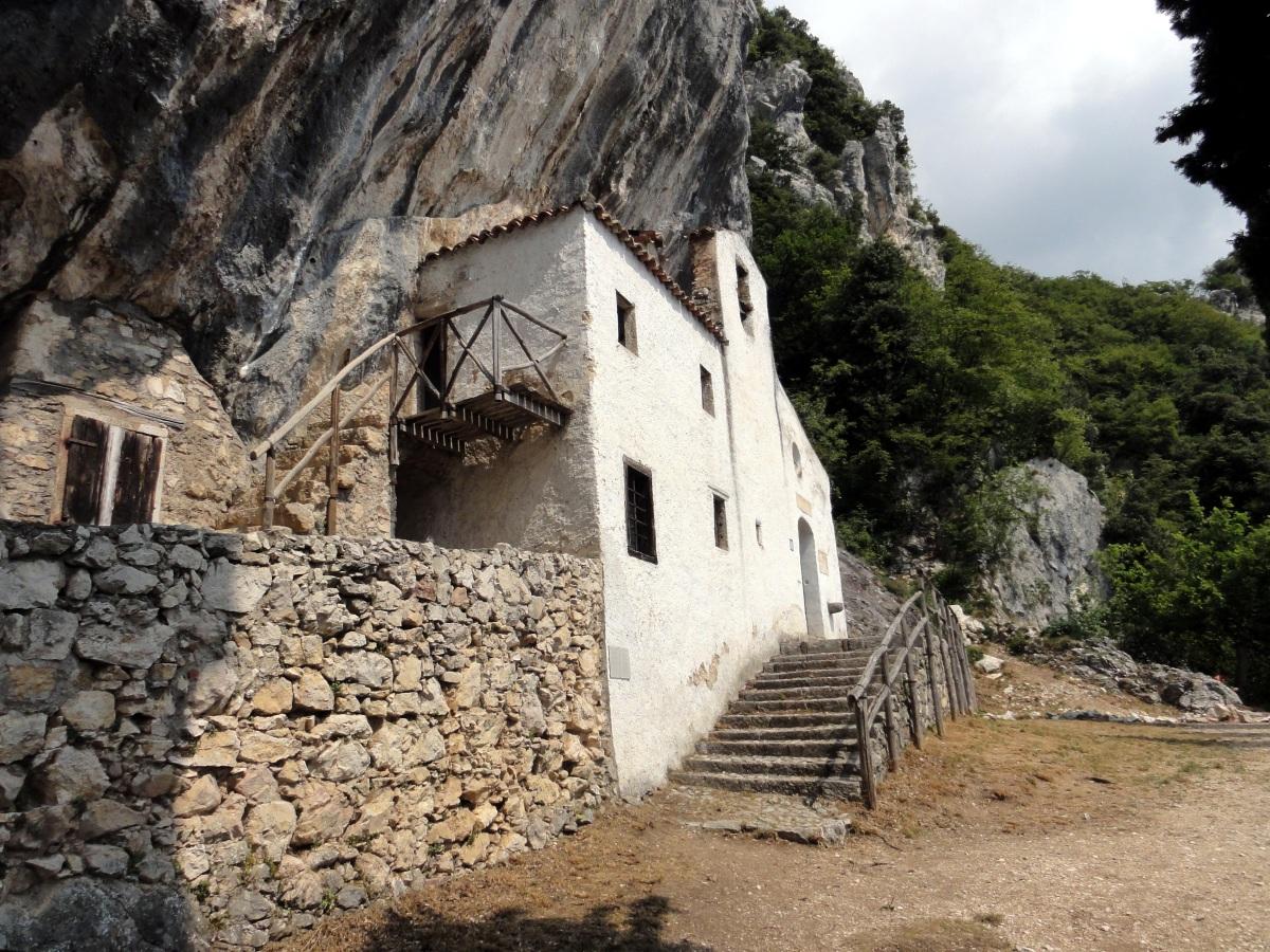Wanderung zur Pestkapelle San Valentino bei Gargnano